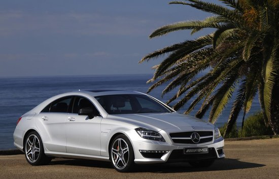 2012_Mercedes-Benz_CLS63_AMG.jpg