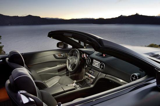 2013-Mercedes-Benz-SL-Class-3.jpg