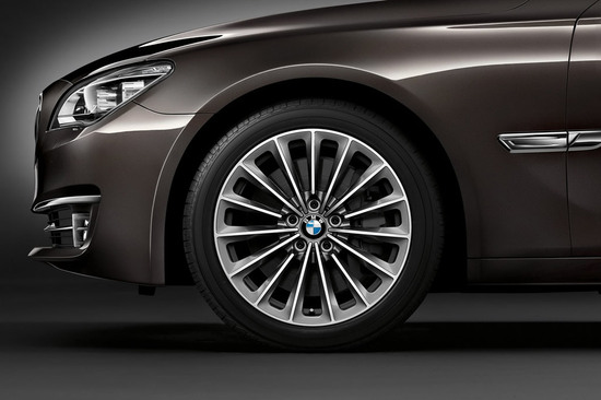 2013-bmw-7-series-facelift-10.jpg