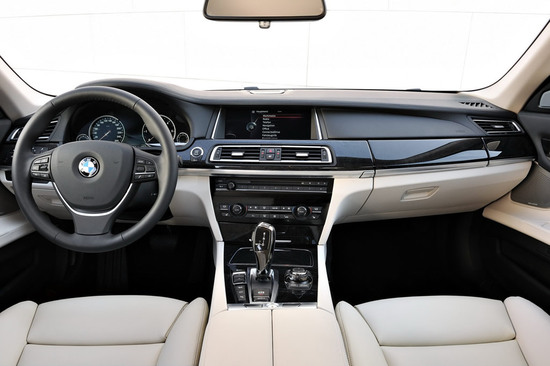 2013-bmw-7-series-facelift-13.jpg