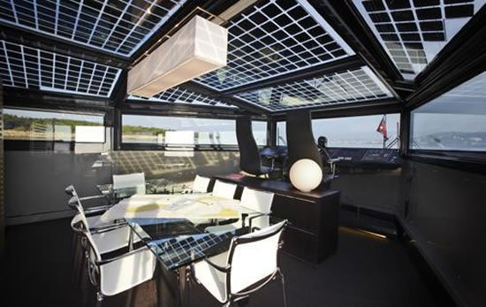 26m-Arcadia-Solar-yacht-3.jpg
