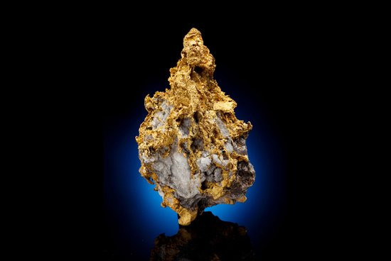 70+-ounce_Gold_Quartz_nugget.jpg