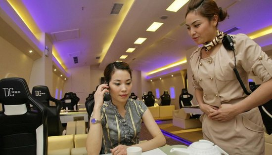 Airbus A380 themed restaurant opens in China