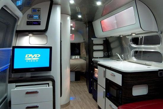 Airstream-Series-2-Trendy-Caravan2.jpg