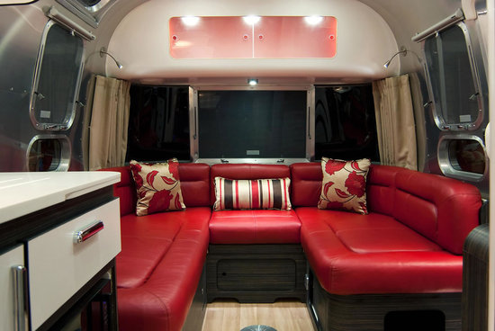 Airstream-Series-2-Trendy-Caravan3.jpg