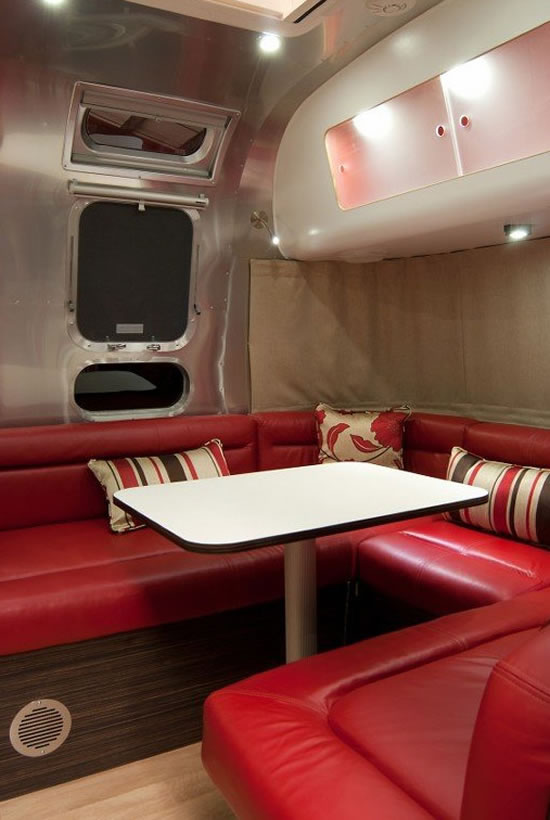 Airstream-Series-2-Trendy-Caravan4.jpg