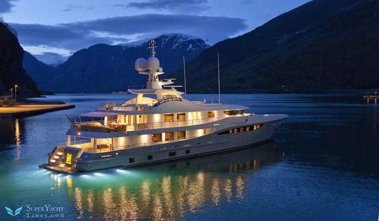 Amels-171-Bel-Abri-superyacht-4.jpg
