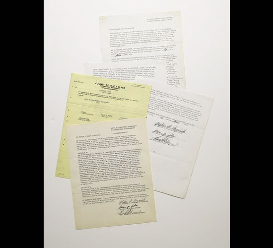 Apple-Contract-Signed-by-Jobs-2.jpg