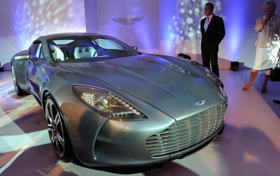 Aston-Martin-One-77.jpg
