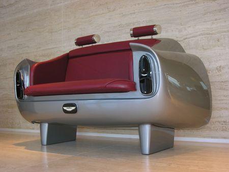 Aston_DB6_couch_3.jpg