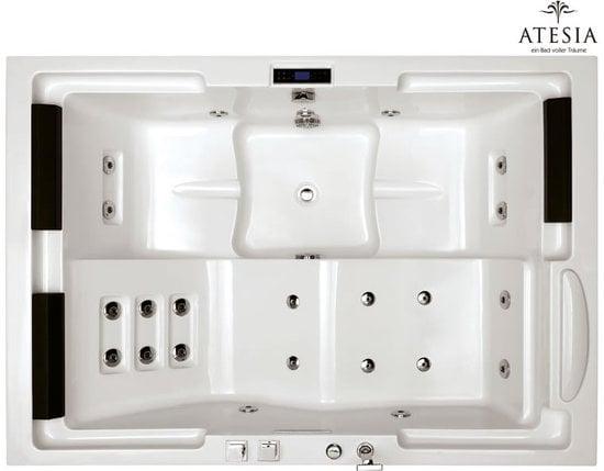 Atesia's-Maui-bathtub-3.jpg