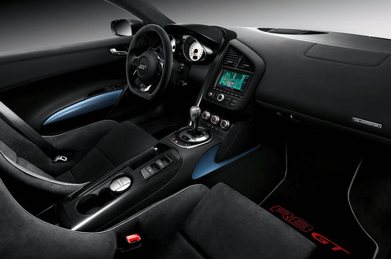Audi-R8-GT-Spyder-Supercar-3.jpg
