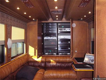 Bb King Travels In 1 4million Hi Tech Tour Bus