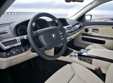 BMW_Hydrogen_7_4.jpg