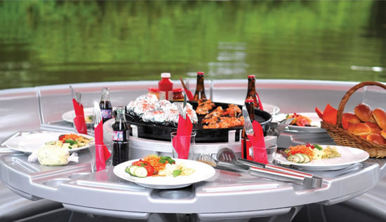 Barbecue-dining-boat-2.jpg