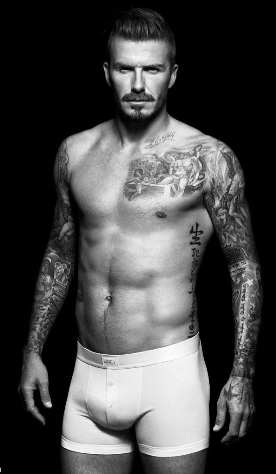 Beckham-silver-statue-3.jpg