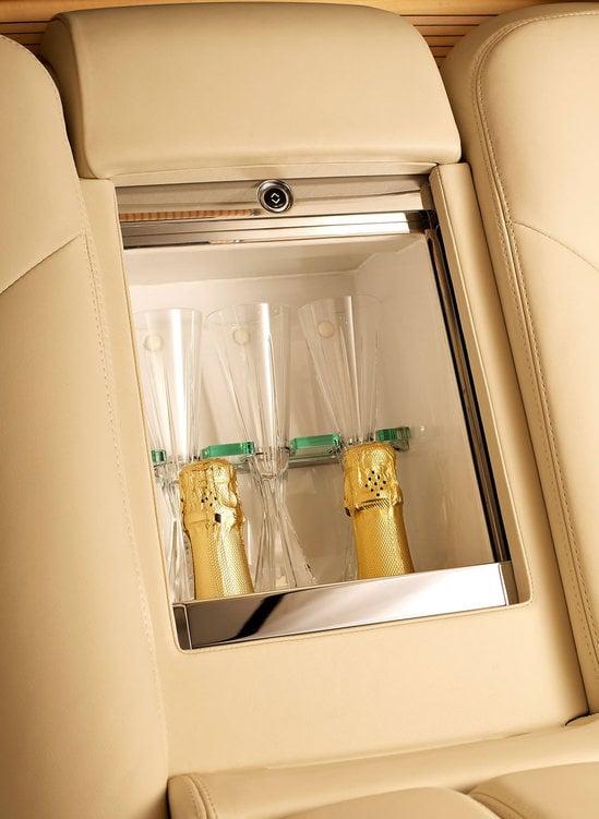 Bentley-Mulsanne-Executive-interior-8.jpg