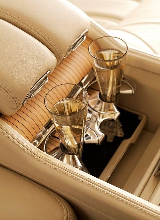 Bentley-Mulsanne-Executive-interior-9.jpg