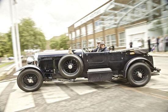 Bentley-extravaganza-2.jpg