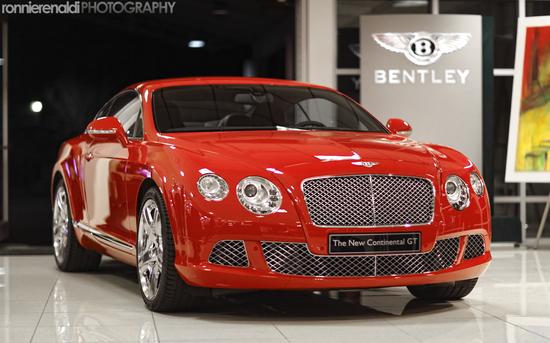 BentleyCGT-10.jpg