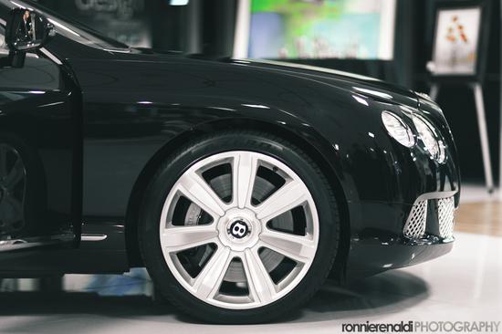 BentleyCGT-12.jpg