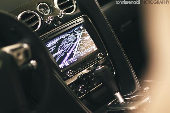BentleyCGT-13.jpg