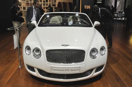 Bentley_Continental_GTC_51_2.jpg