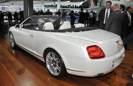 Bentley_Continental_GTC_51_4.jpg