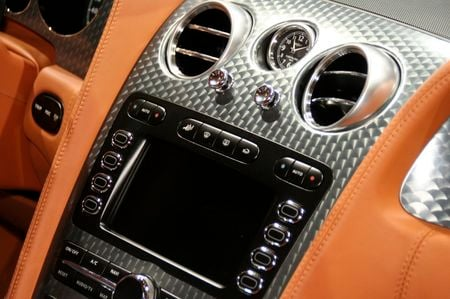 Breitling For Bentley >> Bentley Continental GT Speed with a redesigned Breitling ...