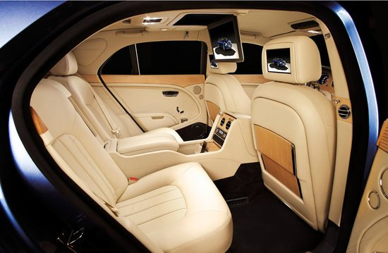 Bentley_Mulsanne_Executive_Interior_2.jpg