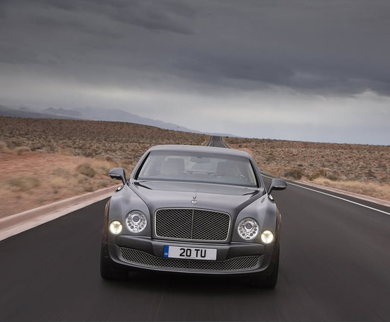 Bentley_Mulsanne_Mulliner_Driving_Specification_1.jpg