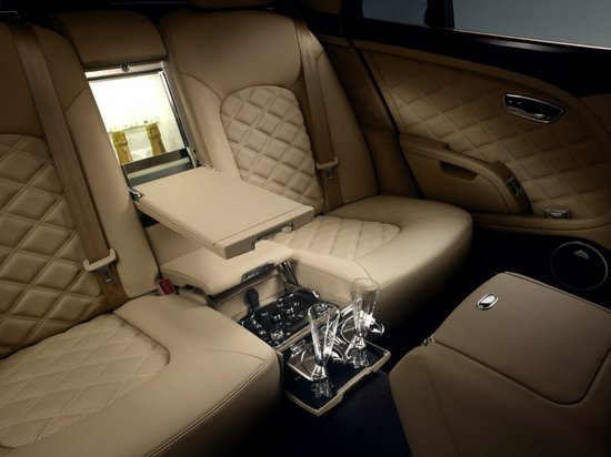 Bentley_Mulsanne_Mulliner_Driving_Specification_6.jpg