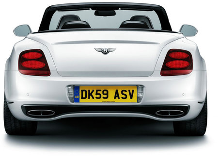 Bently_Continental_Supersports_Convertible_3.jpg