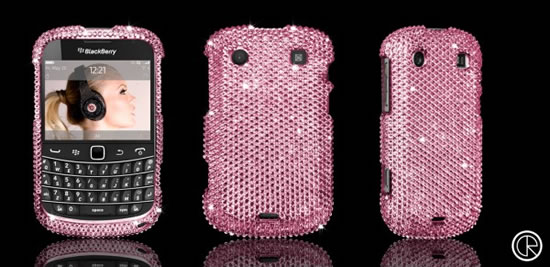 Blackberry Bold 9900 glitters in Swarovski studded case