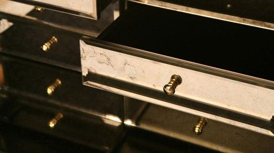 Boca-do-lobo-pixel-cabinet-4.jpg