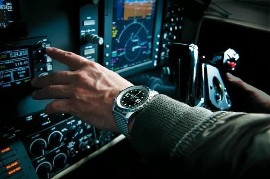 Breitling-Chronospace-4.JPG