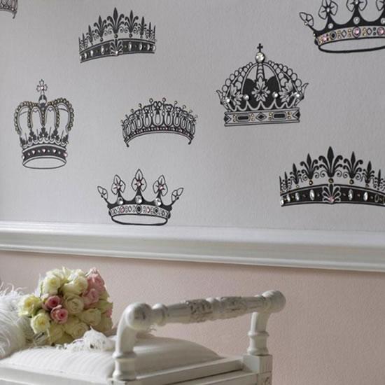 British-Designer-Wallpaper-4.jpg