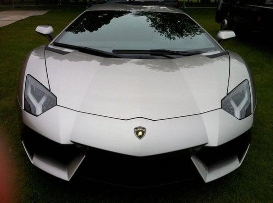 Bruce-Wayne's-Lamborghini-Aventador-2.jpg