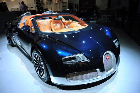 Bugatti_Veyron3.jpg