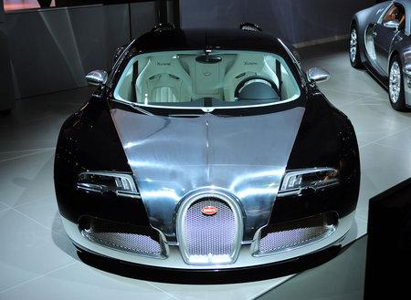 Bugatti_Veyron5.jpg