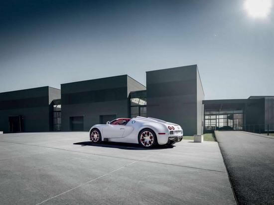 Bugatti_Veyron_Grand_Sport_Wei_Long_edition_2.jpg
