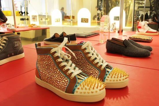 CHRISTIAN_LOUBOUTIN_POP_UP_SHOP_4.jpg