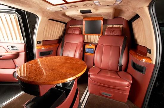Cadillac-Escalade-ESV-XXXL-5.jpg