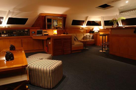Catamaran-Lone-Star-4.jpg