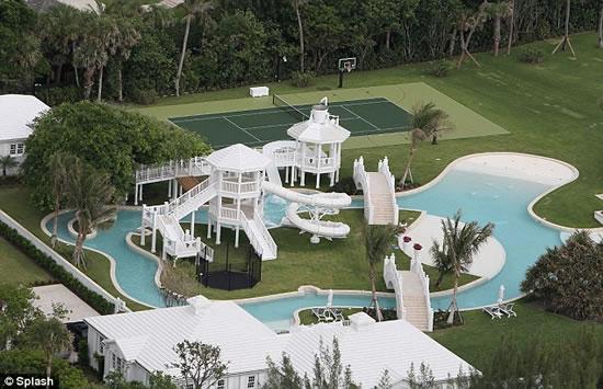 Celine_Dion_waterpark_mansion_2.jpg