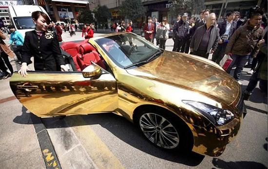 Chinese-Gold-wrapped-Infiniti-G-37-2.jpg