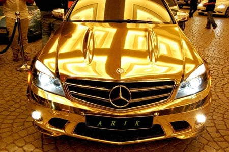Chrome_Mercedes_C63_AMG_4.jpg