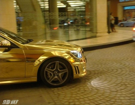 Chrome_Mercedes_C63_AMG_7.jpg
