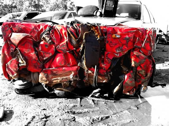 Crashed-Ferrari-Table-2.jpg