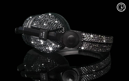 Crystal-Rocked-unveils-Sennheiser-HD25-Swarovski-headphones2.jpg